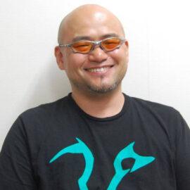 Hideki Kamiya trollea a los fans al ser cuestionado sobre Bayonetta 3